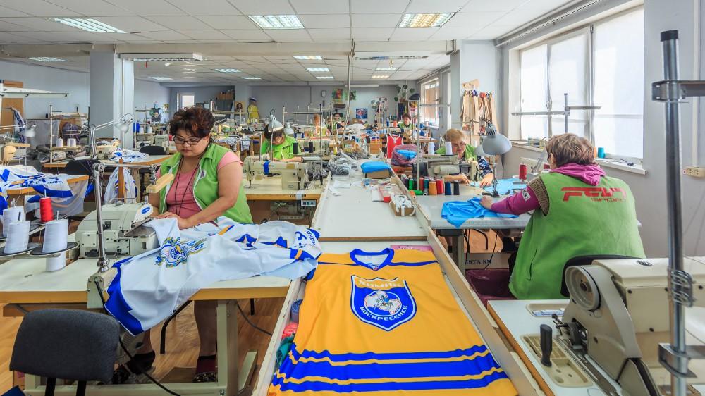 79ee6e79fa1 Пошив одежды на давальческом сырье